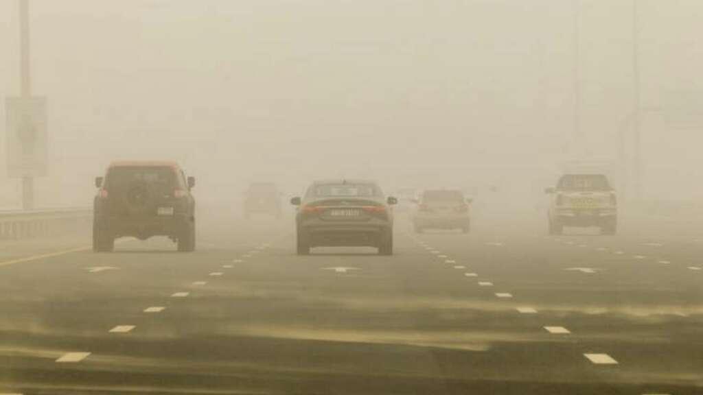 ผลการค้นหารูปภาพสำหรับ Driving on high dust path