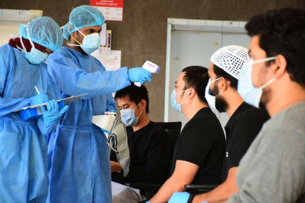 Combating coronavirus, covid19, visiting doctors, volunteers, UAE