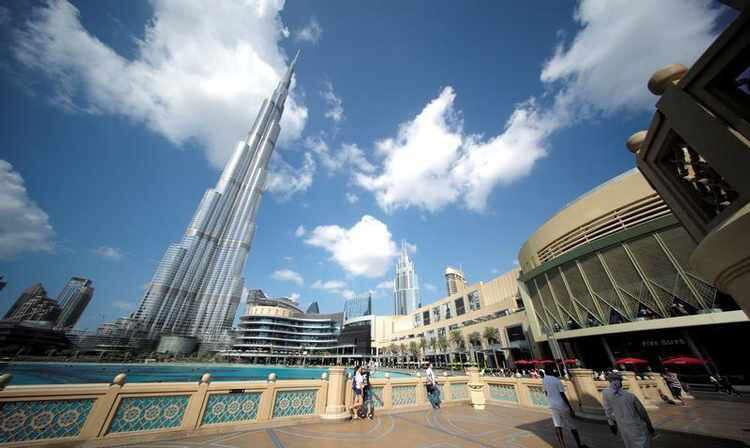 Dubais non-oil sector continues to expand