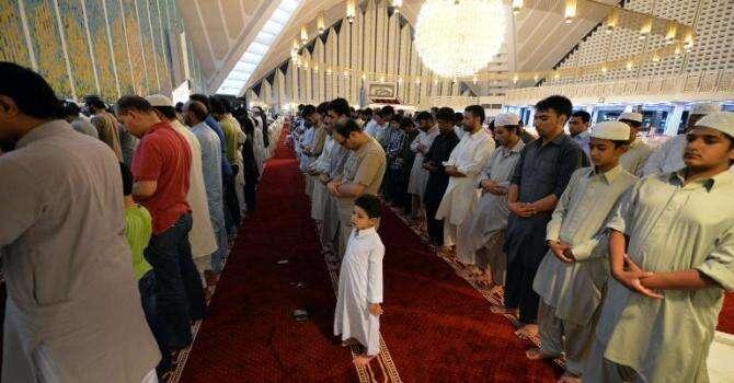 China bans Ramadan fasting in Muslim region