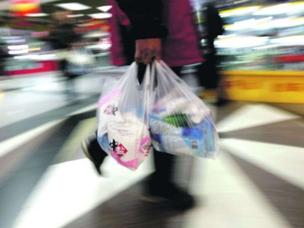 New York poised to ban single-use plastic bags