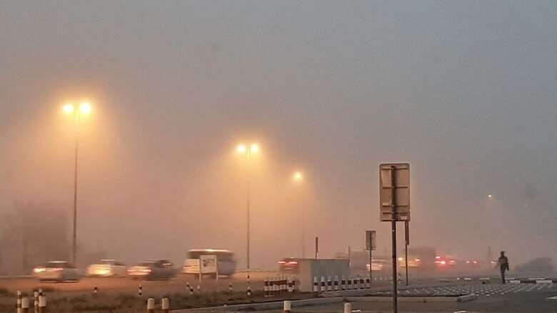 Fog engulfs parts of UAE, weather warning issued - News