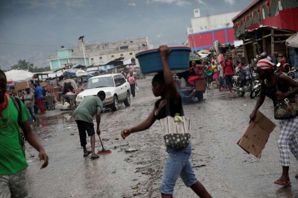 Hurricane Isaias, lashed, Bahamas, churned, towards, Florida, coronavirus, Covid-19, record, deaths