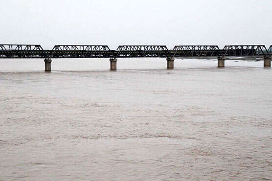 Flood alert in Pakistan after India releases water
