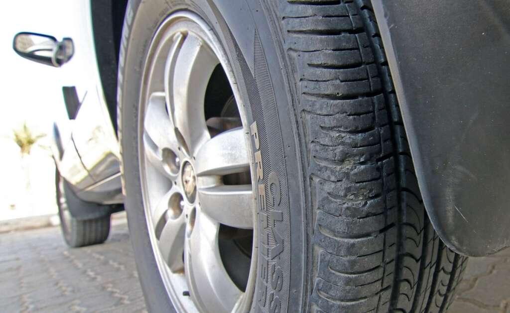 sharjah, fake tyre, market, crack down