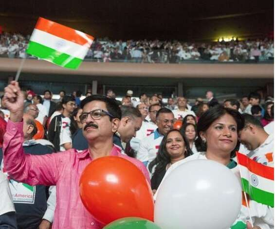 UAE has largest number of Indian migrants in world