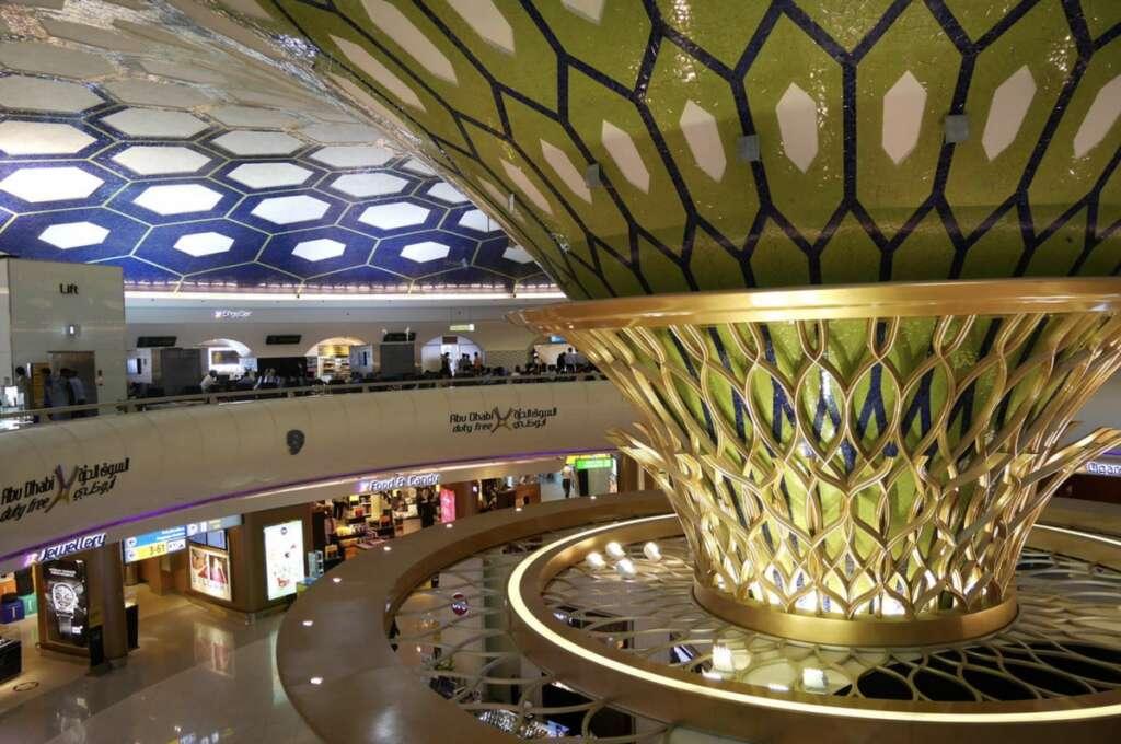 UAE, coronavirus, Digital campaign, celebrates, Abu Dhabi airport, employees,