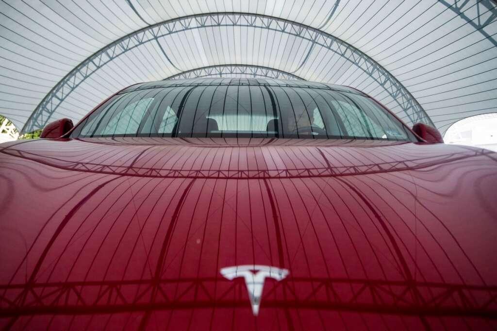 Tesla, Netflix, YouTube, Musk, streaming videos,Tesla CEO Elon Musk, self-driving,