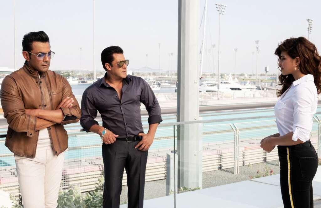 Photos Salman Khan Jacqueline Fernandes In Abu Dhabi During Race