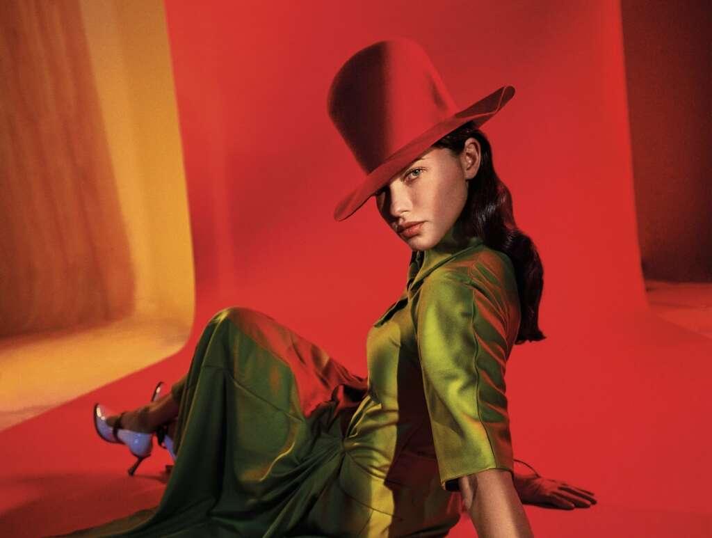 Abu Dhabi retail, vogue, Adriana Lima, shopping, Arabia, fashion, Burberry