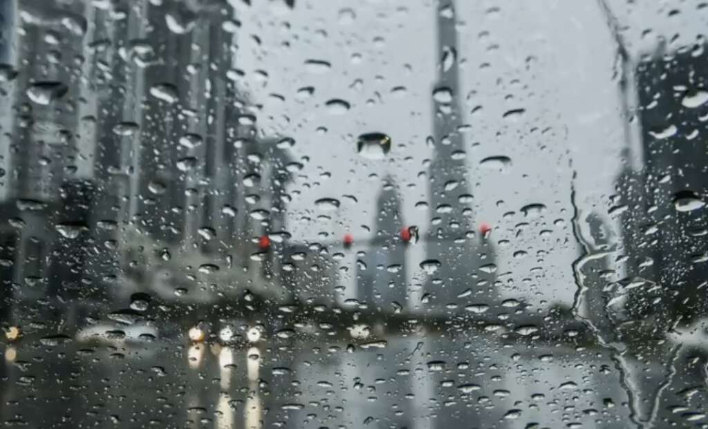Commuters, UAE motorists, Rain