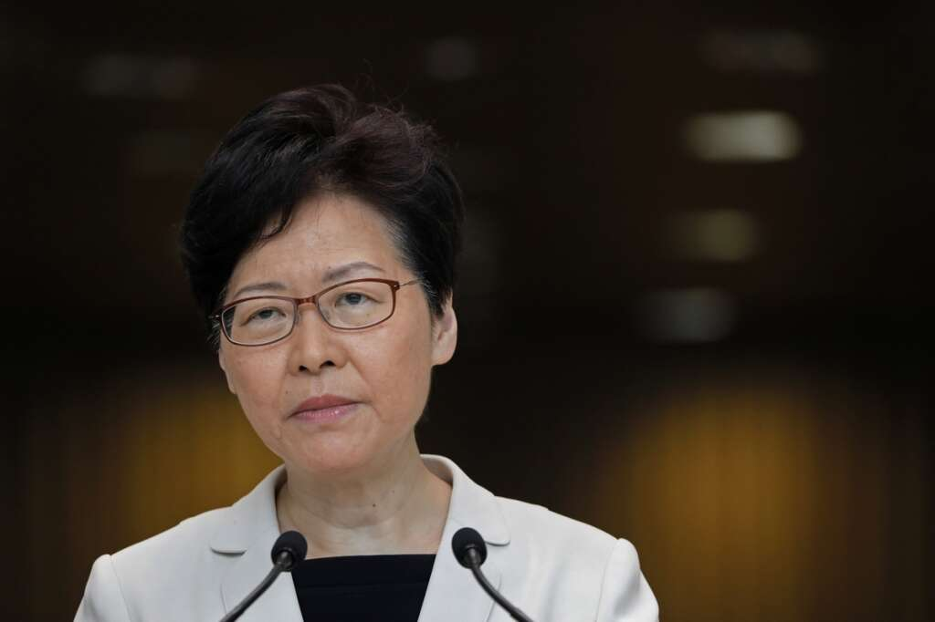 Hong Kong leader formally withdraws controversial