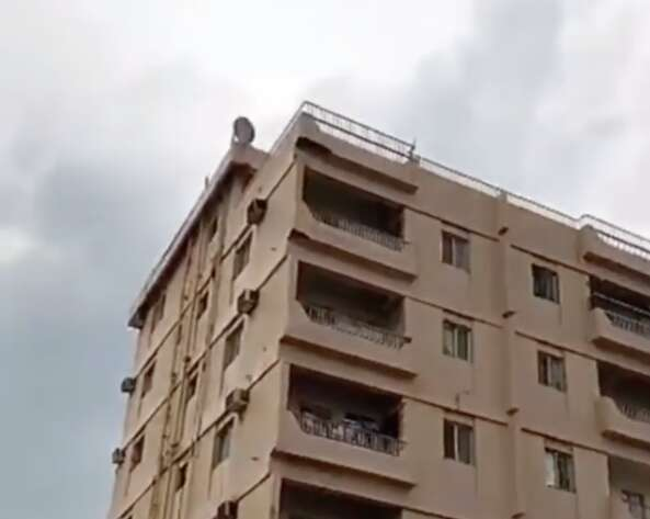 Unsafe RAK building evacuated after concrete slabs fall off