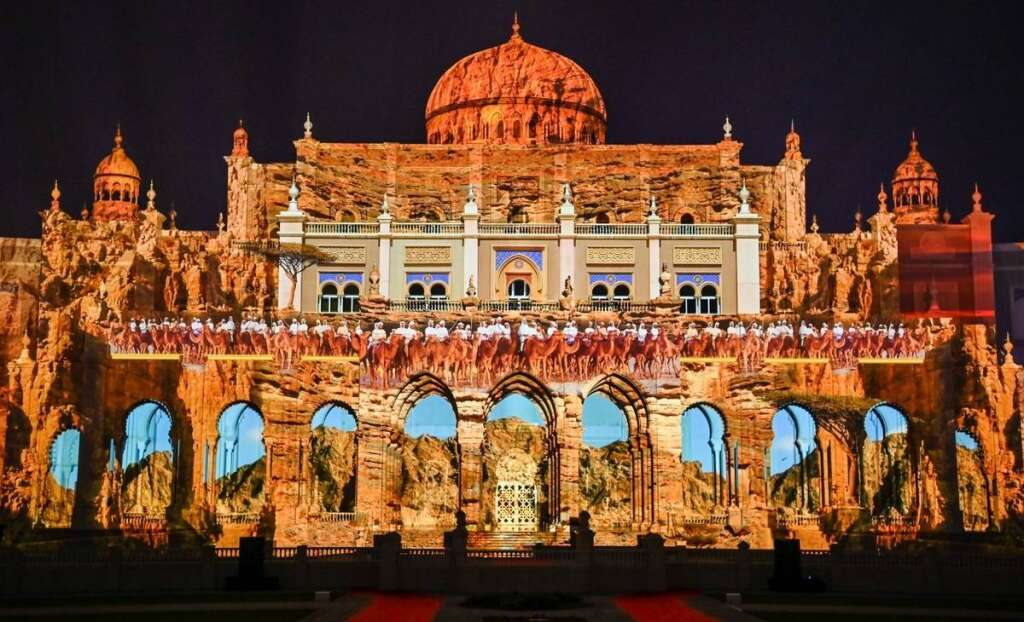 Sharjah Light Festival, Sharjah, dazzles, world, stories, lights,