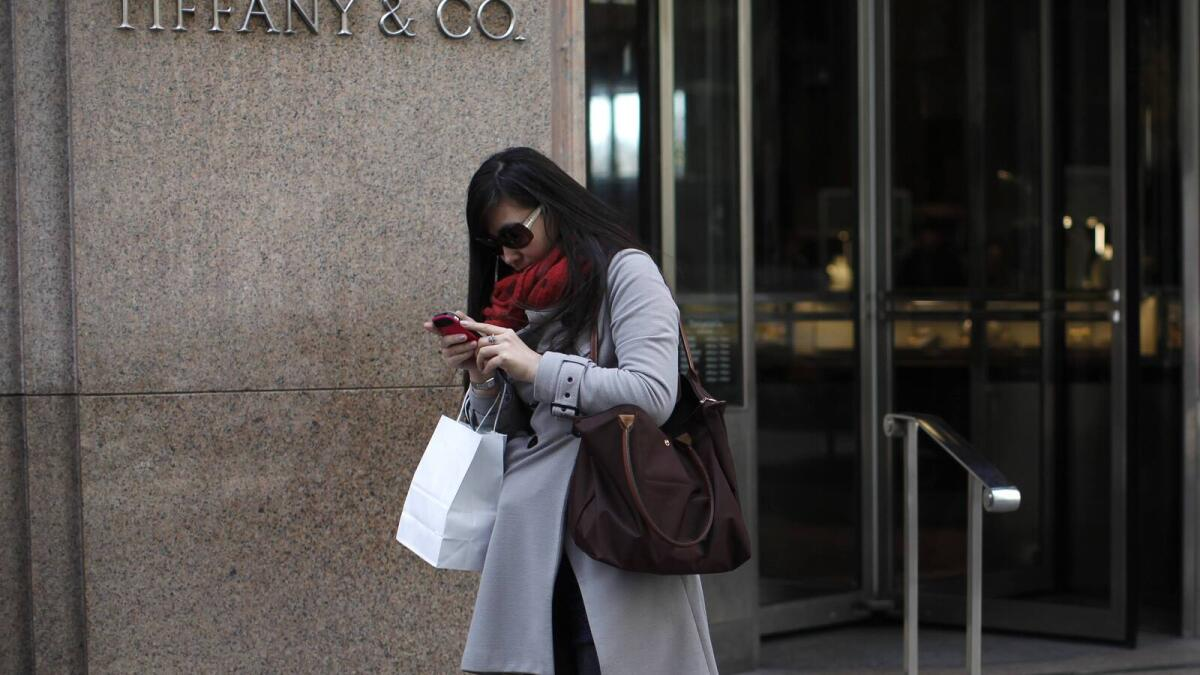 Luxury brands tap rich Chinese students in US