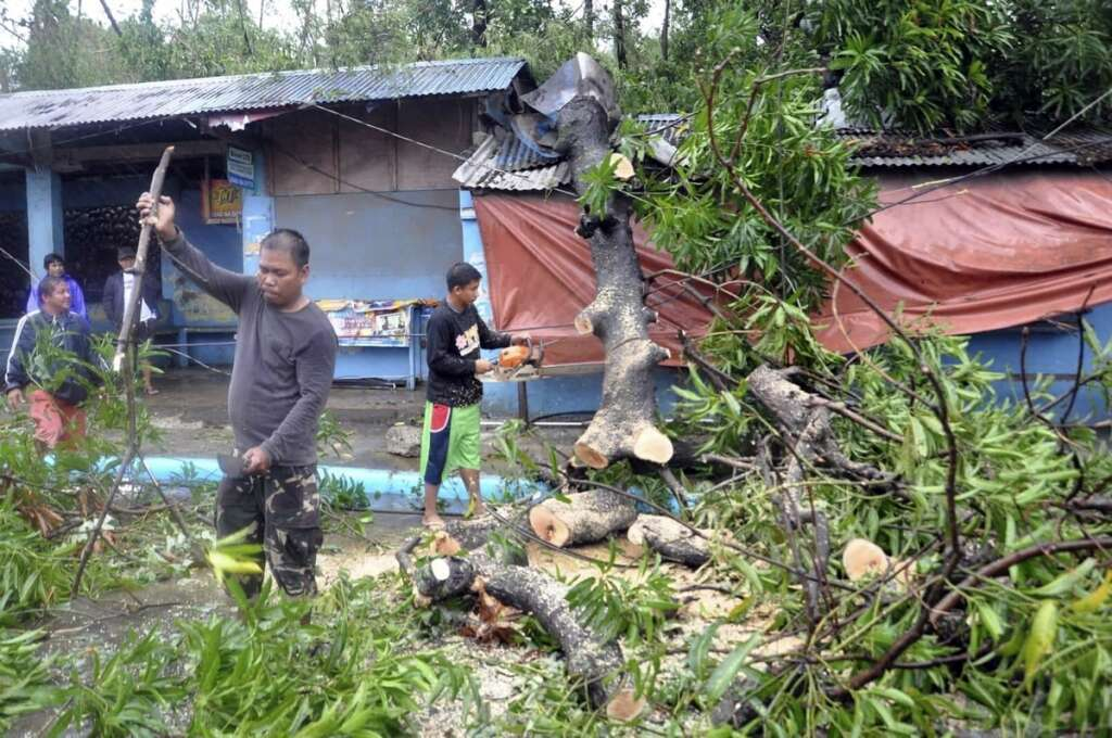 68 dead in Philippine storm, thousands displaced