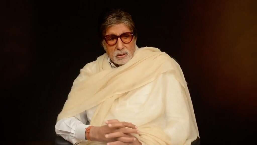 Amitabh Bachchan, Bollywood, actor, manual, scavengers, India, condition, plight, tweeted, tweet, Twitter, campaign