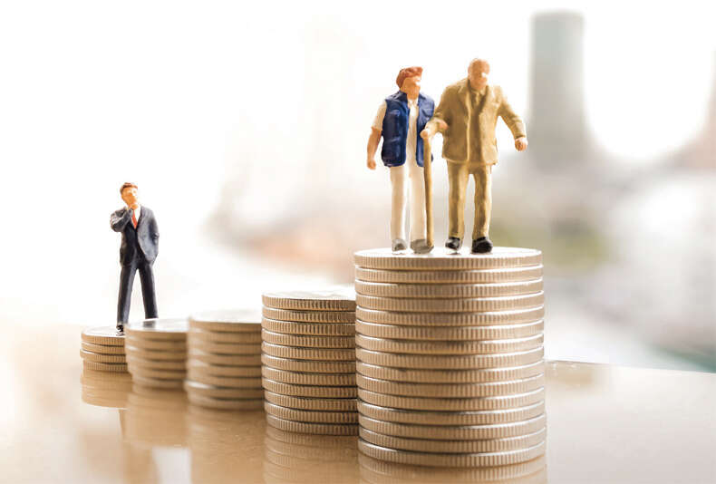 Expatriates in UAE elated over planned pension funds - Khaleej Times
