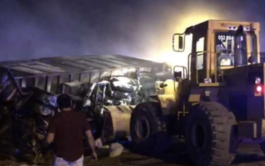 driver, burnt alive, horrific, uae road, accident, accident, burned to death, asian, driver