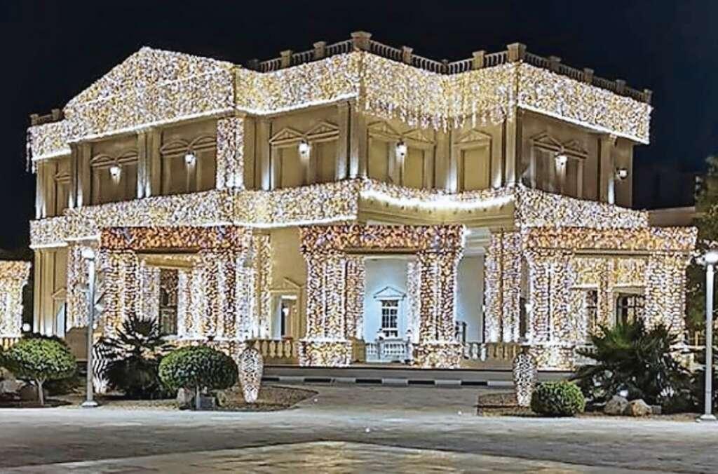 Dubai lights up for the upcoming royal wedding - News