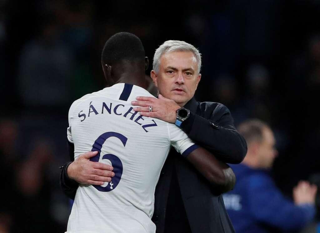 Mourinho so happy at Tottenham, coy on Arsenal