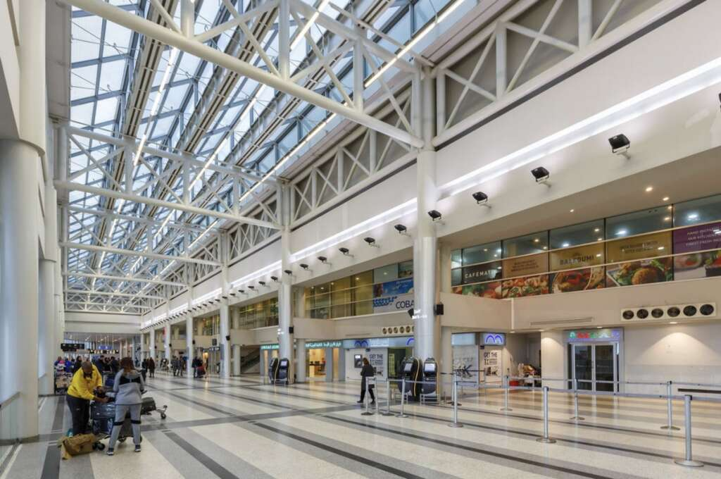 Beirut airport, reopens, expats, UAE, stay back