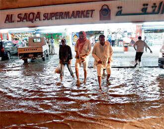 First rain hits Dubai, unstable weather ahead