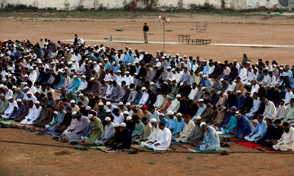 Eid fever, Protocols, flouted