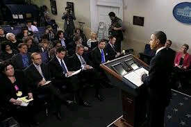 Washington stirs for 'fiscal cliff' talks as Obama heads home