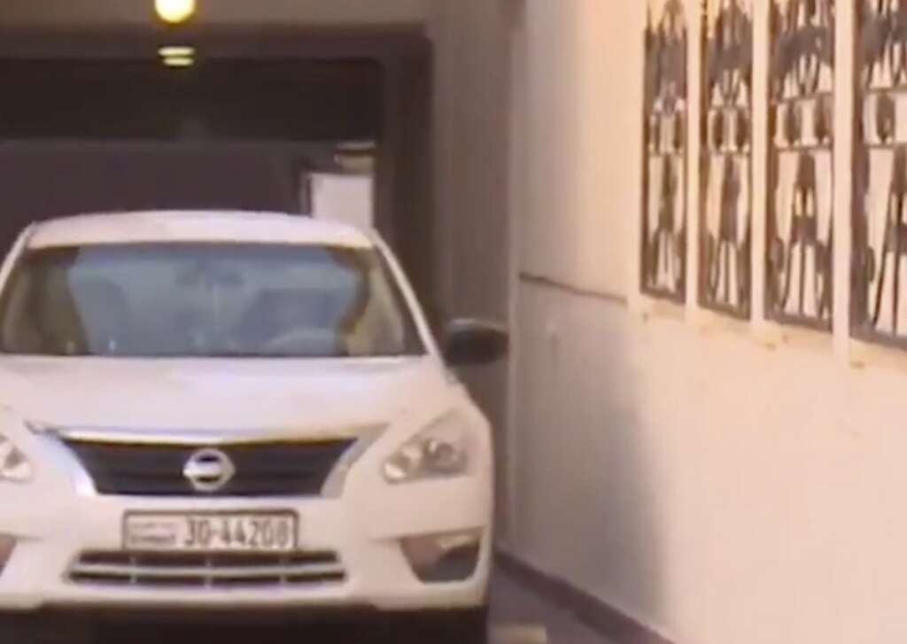 cut away, part of house, tunnel, create, cars, house, kuwait