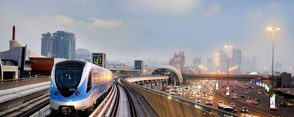Here are FOUR benefits of using public transport in Dubai