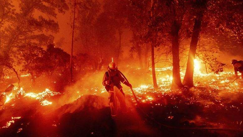 California, wildfires, firefighters, injured