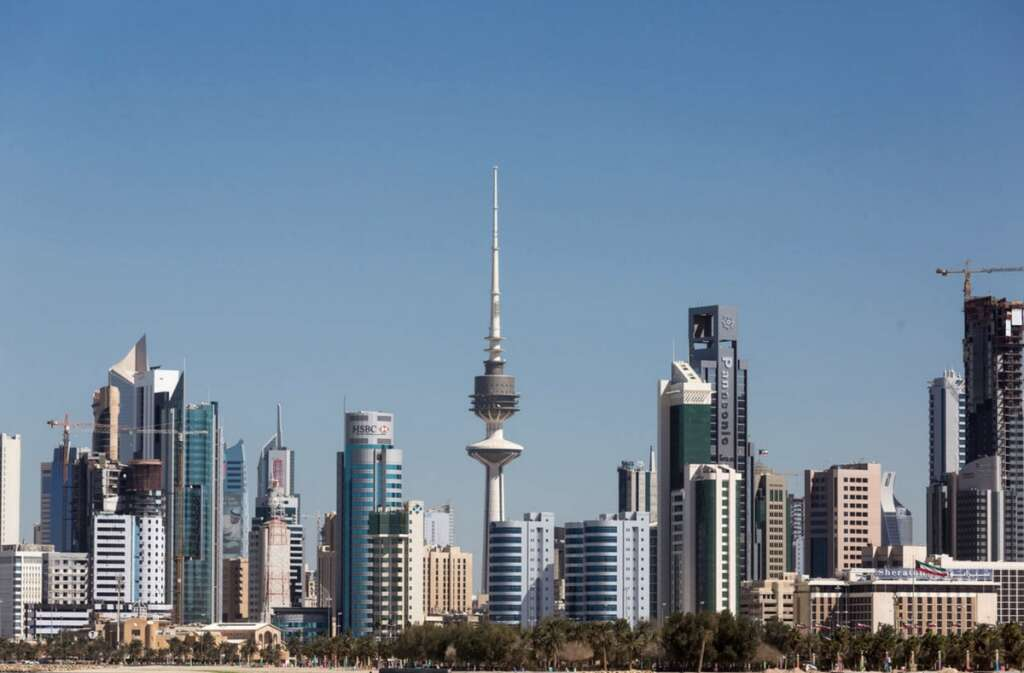 Combating, Covid-19, Kuwait, locks down, two districts, extends, public holiday, coronavirus