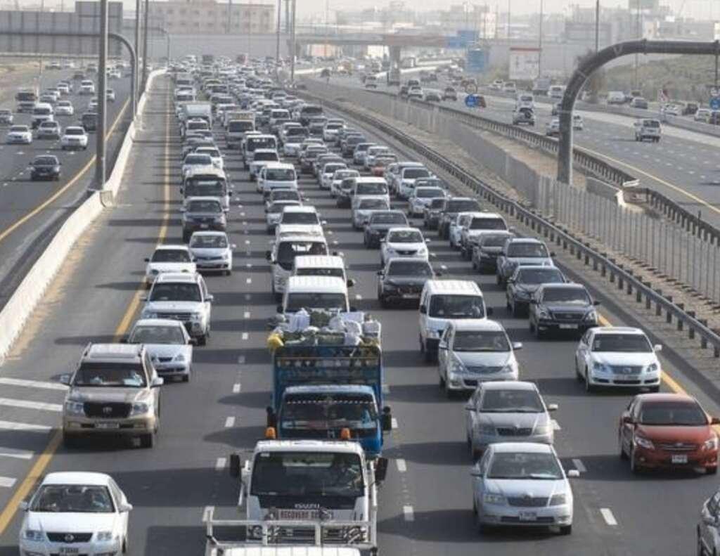 UAE traffic: Accident, tailbacks,  Dubai, Sharjah roads