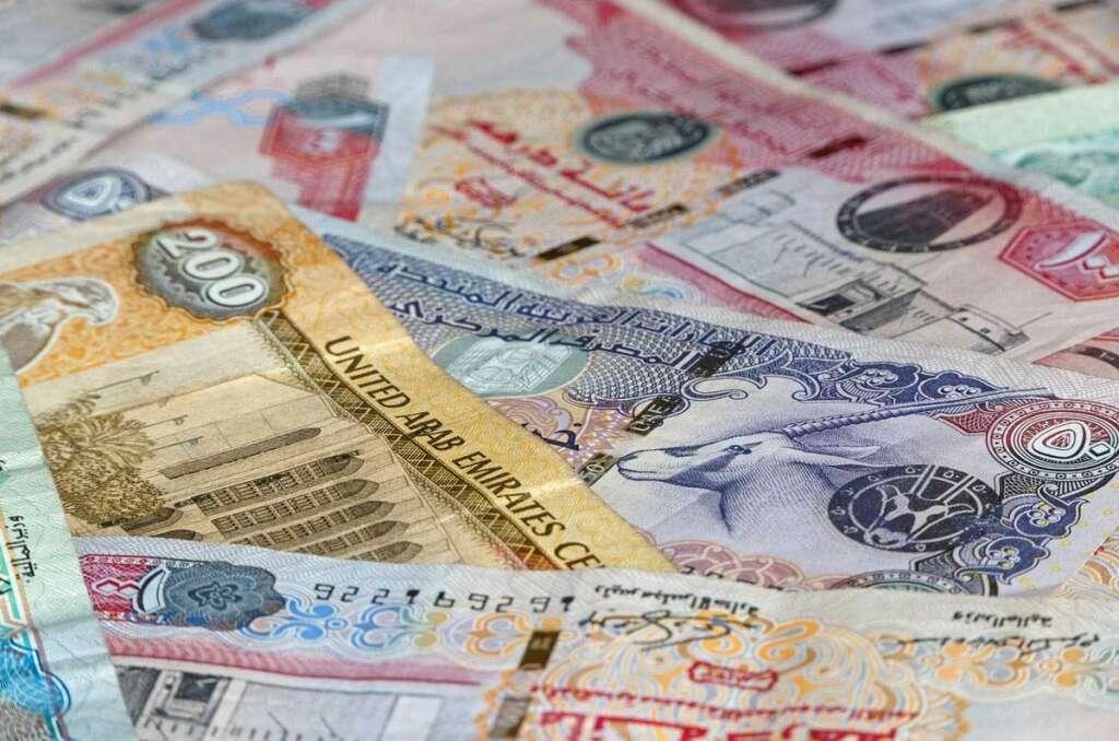 Bank employee, flees, embezzlement, Dh1.7 million, Dubai, expat, account