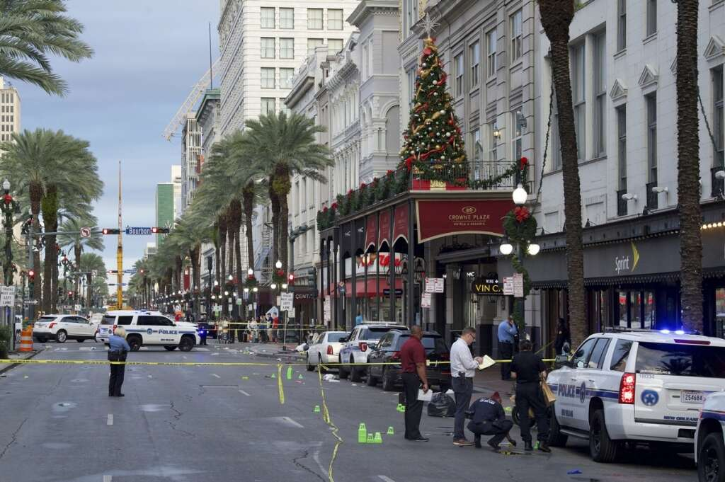 new orleans, french quarter, shooting, 10 wounded, hurt, shooting