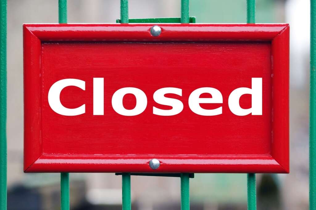 restaurant closure, Crust, insects in restaurant, food safety viiolations