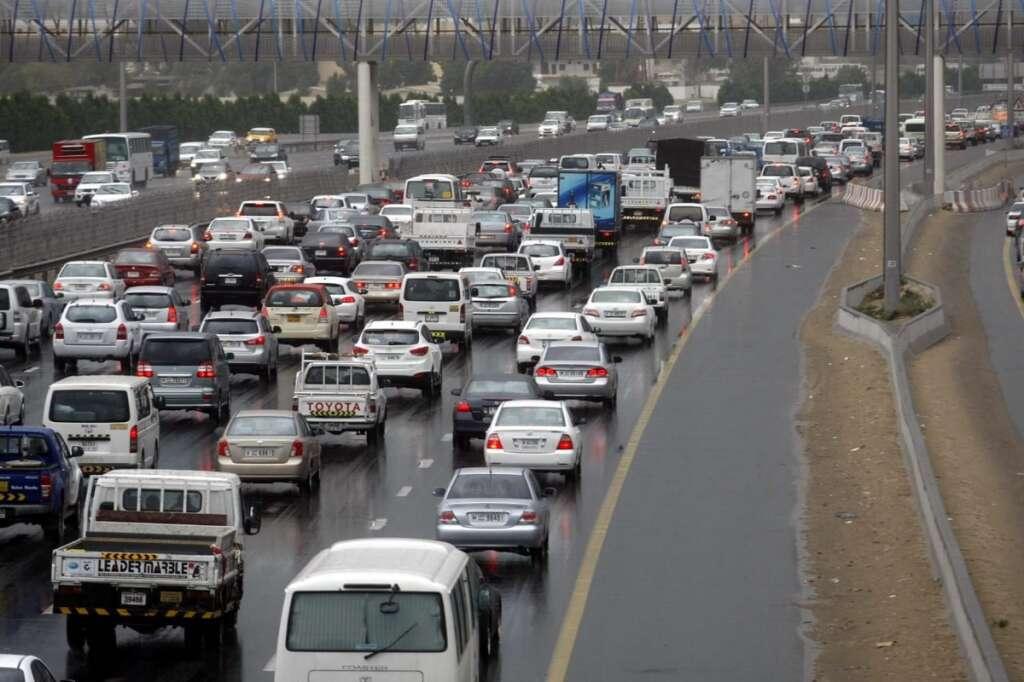dubai roads, floods, reopened, mohamed bin zayed road, sheikh zayed road, dubai police, rta, key dubai roads