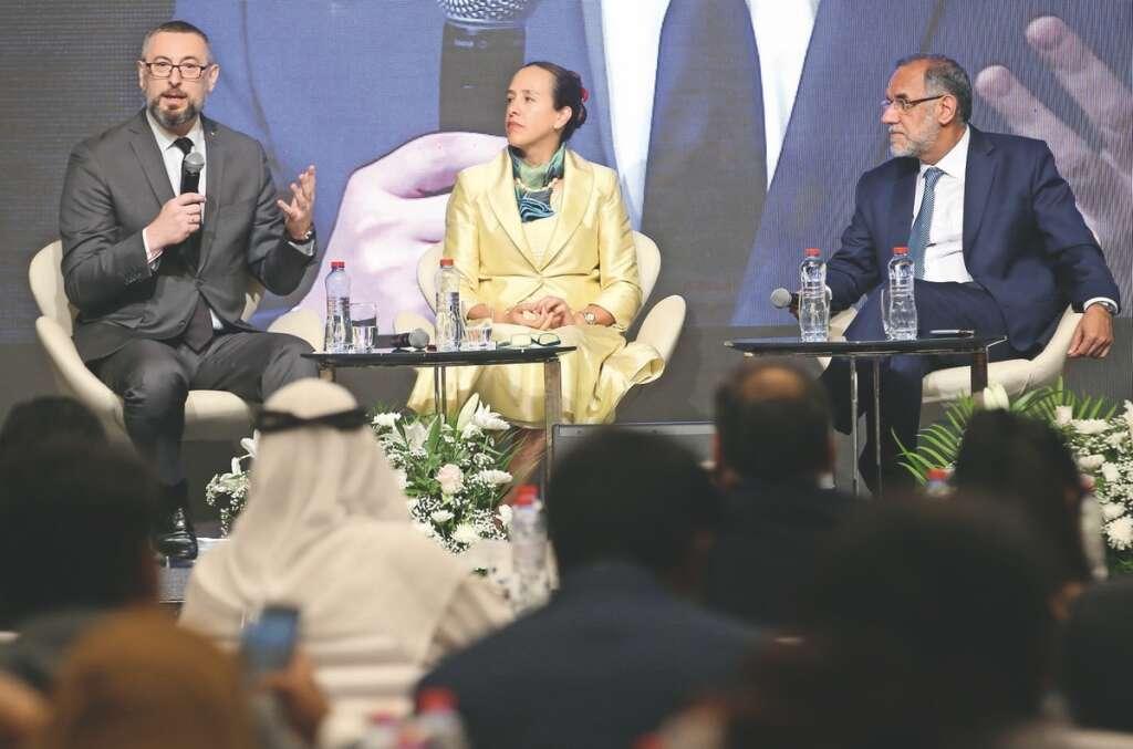 Envoys praise ease of doing business in UAE
