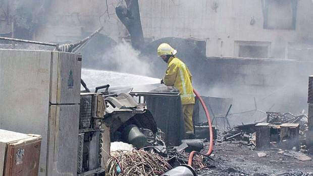 Warehouse roof collapses after explosion, 4 injured