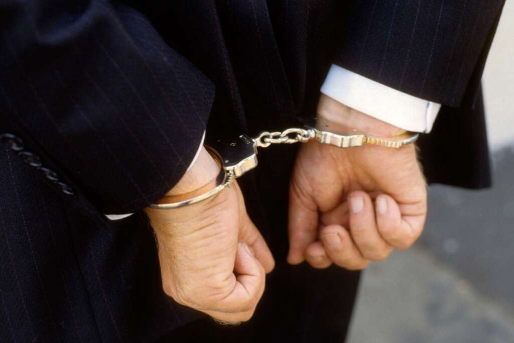 Man, dupes, businessman, Dh642,000, promising help, Dubai courts