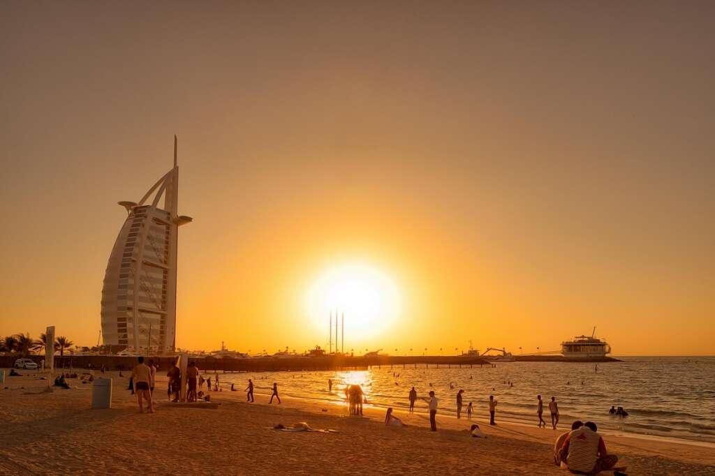 Stay safe from the heat as mercury soars in UAE - News | Khaleej Times