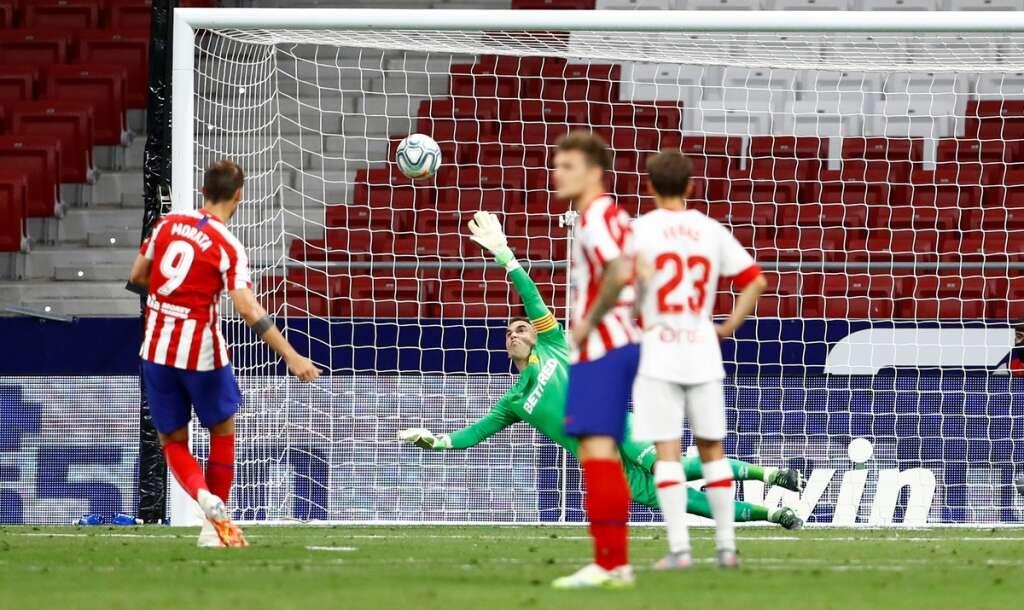 Atletico Madrid, beat, Mallorca, 3-0, Alvaro Morata, double, La Liga