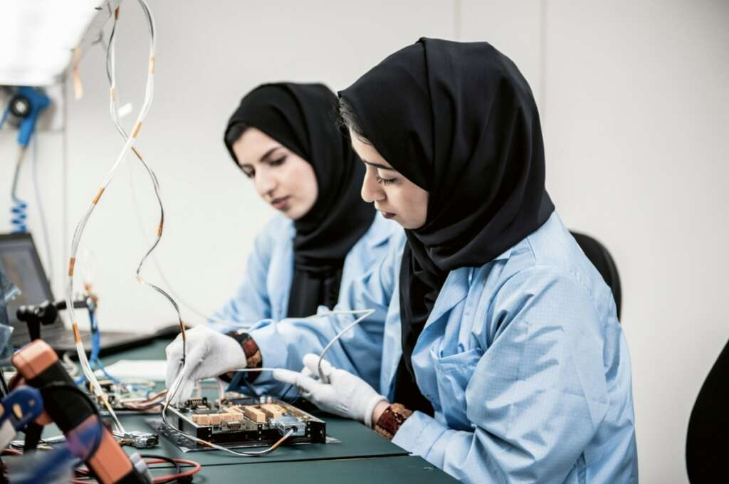 37,000 youth, sign up, first round,  UAE, space training programme,