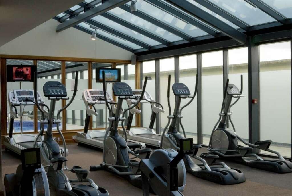 Combating, covid19, coronavirus, Gyms, billiards centres, yoga joints, reopen, Abu Dhabi