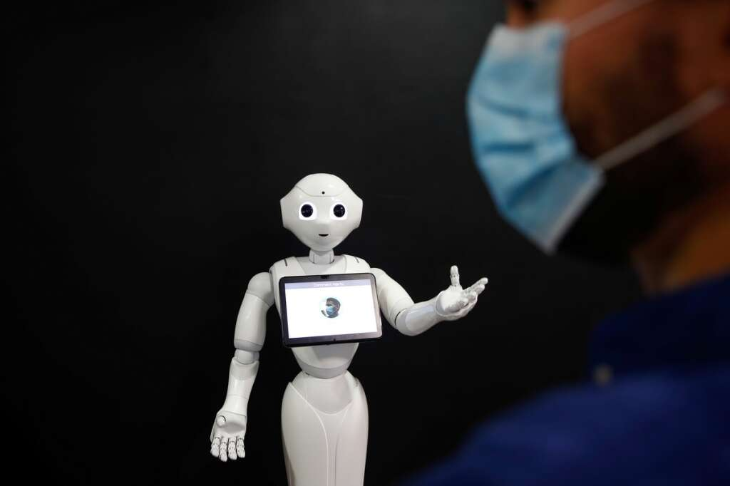 robot, pepper, detect, people. wearing, face, mask, coronavirus, covid-19