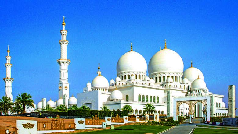 Mosques Of Uae Sheikh Zayed Grand Mosque News Khaleej