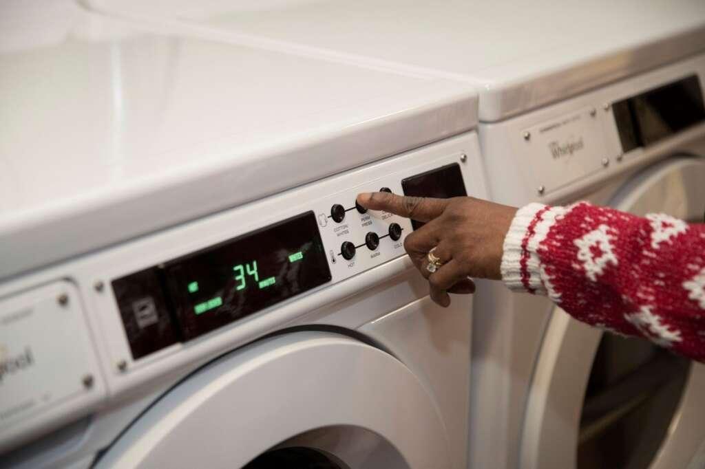 child dies in washing machine