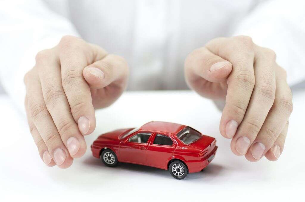 UAE announces new price limits for car insurance