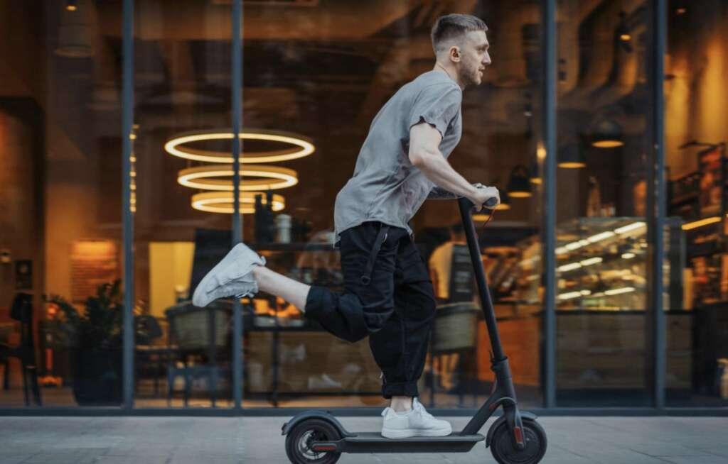 E-scooters, Electronic  scooters, rental service, resume, Abu Dhabi, coronavirus, covid19,